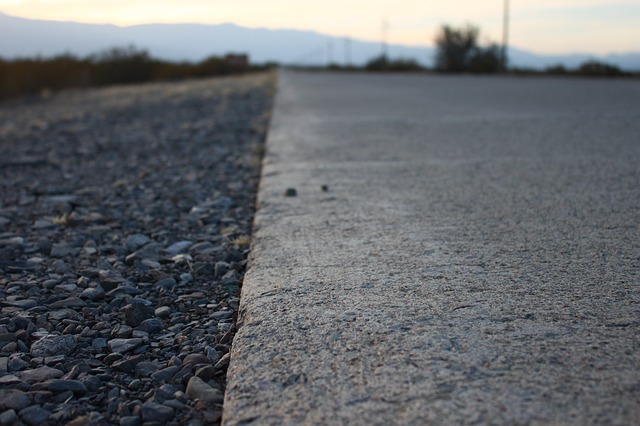 perpetual pavement Innovative, comprehensive design and construction of perpetual pavement on the red hill valley parkway in hamilton ludomir uzarowski, phd, peng, associate.